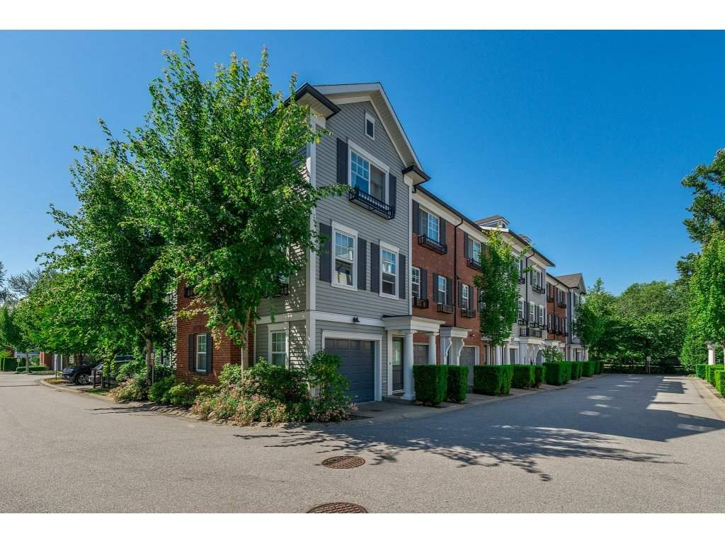 Main Photo: 28 18983 72A Avenue in Surrey: Clayton Townhouse for sale (Cloverdale)  : MLS®# R2286875