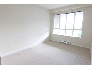 Photo 5: 411 3551 FOSTER Avenue in Vancouver: Collingwood VE Condo for sale (Vancouver East)  : MLS®# V1031933