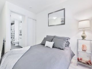 Photo 10: 5 Hanna Ave Unit #703 in Toronto: Niagara Condo for sale (Toronto C01)  : MLS®# C4098566
