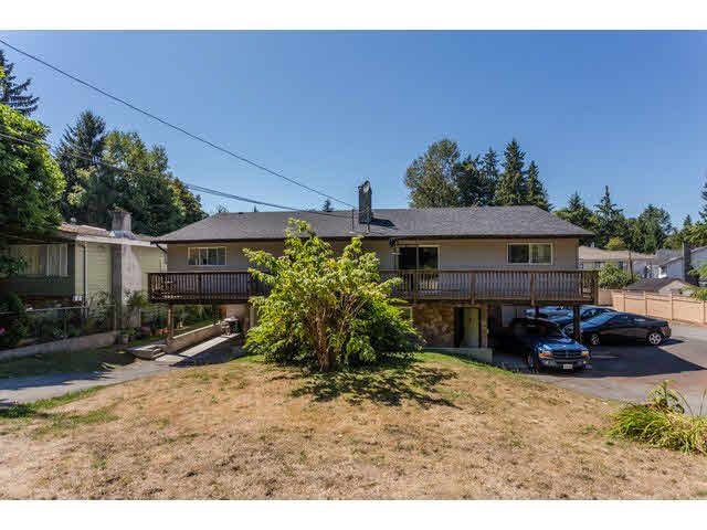 Main Photo: 9537 - 9539 140 Street in Surrey: Bear Creek Green Timbers Duplex for sale : MLS®# F1448706