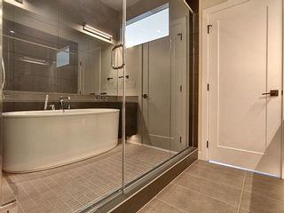 Photo 32: 10420 138 Street in Edmonton: Zone 11 House for sale : MLS®# E4253872
