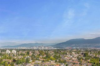 "Photo 6: 2104 5652 PATTERSON Avenue in Burnaby: Central Park BS Condo for sale in ""Central Park Place"" (Burnaby South)  : MLS®# R2463134"