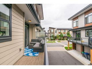 """Photo 19: 209 16488 64 Avenue in Surrey: Cloverdale BC Townhouse for sale in """"Harvest"""" (Cloverdale)  : MLS®# R2376091"""