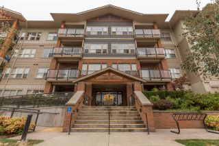 """Photo 2: 312 20219 54A Avenue in Langley: Langley City Condo for sale in """"Suede"""" : MLS®# R2202360"""