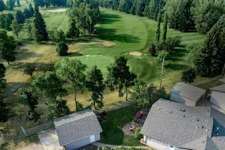 Photo 2: 164 Maple Court Crescent SE in Calgary: Maple Ridge Detached for sale : MLS®# A1144752