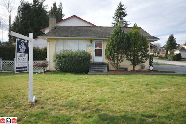 Main Photo: 11079 160TH ST in Surrey: House for sale : MLS®# F1025880