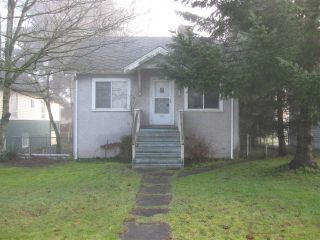 Photo 2: 821 SIXTH Street in New Westminster: GlenBrooke North House for sale : MLS®# R2035692