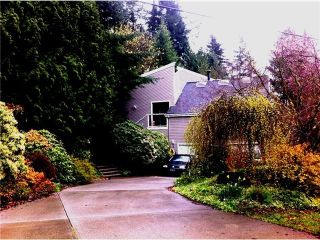 Photo 3: 115 MOUNTAIN DR: Lions Bay House for sale (West Vancouver)  : MLS®# V1052745