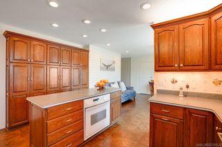 Photo 15: LA JOLLA House for sale : 4 bedrooms : 6226 Castejon Drive