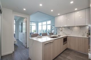 """Photo 8: 403 5333 GORING Street in Burnaby: Brentwood Park Condo for sale in """"ETOILE 1"""" (Burnaby North)  : MLS®# R2602248"""