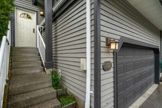 """Photo 2: 132 2998 ROBSON Drive in Coquitlam: Westwood Plateau Townhouse for sale in """"FOXRUN"""" : MLS®# R2360529"""
