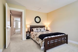 """Photo 10: 40 2929 156 Street in Surrey: Grandview Surrey Townhouse for sale in """"Toccata"""" (South Surrey White Rock)  : MLS®# R2173157"""