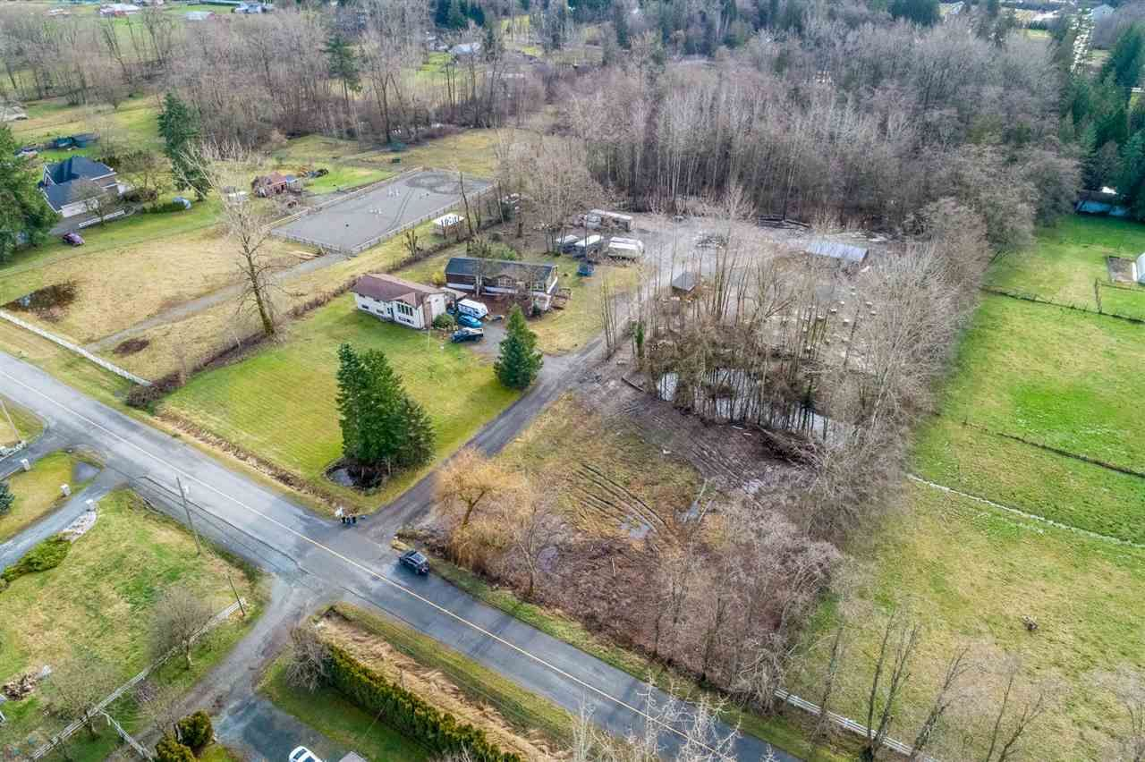 Main Photo: 25834 62 Avenue in Langley: Aldergrove Langley House for sale : MLS®# R2430066