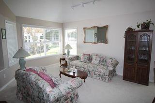 "Photo 2: 5 16995 64 Avenue in Surrey: Cloverdale BC Townhouse for sale in ""Lexington"" (Cloverdale)  : MLS®# R2159340"