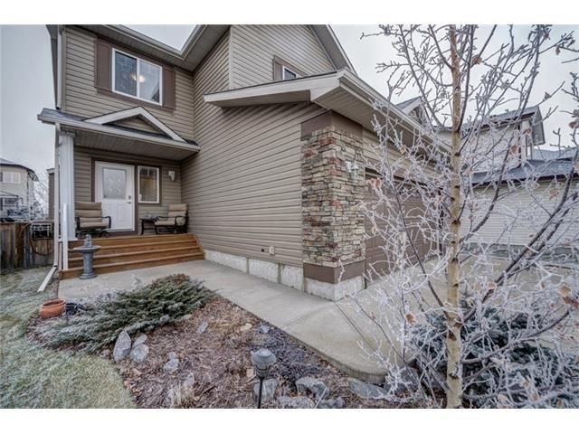 Photo 5: Photos: 137 COVE Court: Chestermere House for sale : MLS®# C4090938