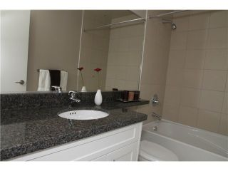"""Photo 8: 11 327 E 33RD Avenue in Vancouver: Main Townhouse for sale in """"WALK TO MAIN"""" (Vancouver East)  : MLS®# V868106"""