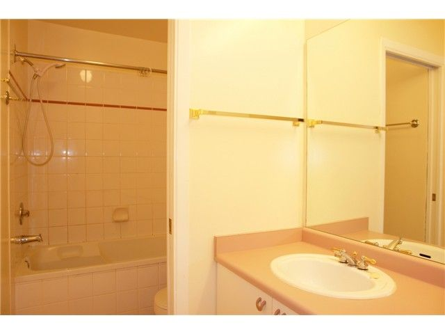"""Photo 8: Photos: # 284 8333 JONES RD in Richmond: Brighouse South Townhouse for sale in """"CAMELIA GARDENS"""" : MLS®# V985608"""