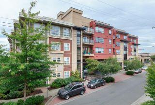 Photo 1: 310 870 Short St in : SE Quadra Condo for sale (Saanich East)  : MLS®# 861485
