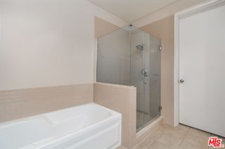 Photo 12: 801 S Grand Avenue Unit 1909 in Los Angeles: Residential for sale (C42 - Downtown L.A.)  : MLS®# 21793682