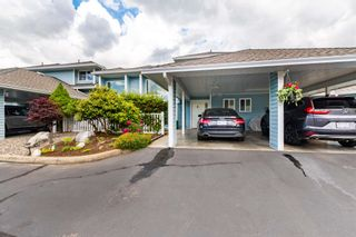 """Photo 2: 89 34959 OLD CLAYBURN Road in Abbotsford: Abbotsford East Townhouse for sale in """"CROWN POINT VILLAS"""" : MLS®# R2597200"""