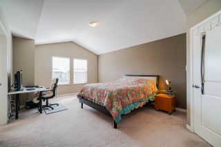 """Photo 13: 6955 196A Street in Langley: Willoughby Heights House for sale in """"Camden Park"""" : MLS®# R2446076"""