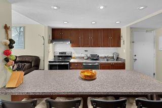 Photo 6: 6 9151 FOREST GROVE DRIVE in Burnaby: Forest Hills BN Townhouse for sale (Burnaby North)  : MLS®# R2426367