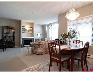 """Photo 4: 415 8880 202ND Street in Langley: Walnut Grove Condo for sale in """"THE RESIDENCES AT VILLAGE SQUARE"""" : MLS®# F2904901"""
