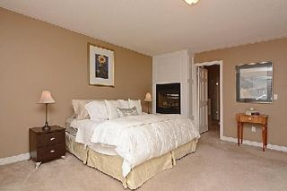 Photo 3: 64 The Fairways in Markham: Angus Glen House (2-Storey) for sale : MLS®# N2887084