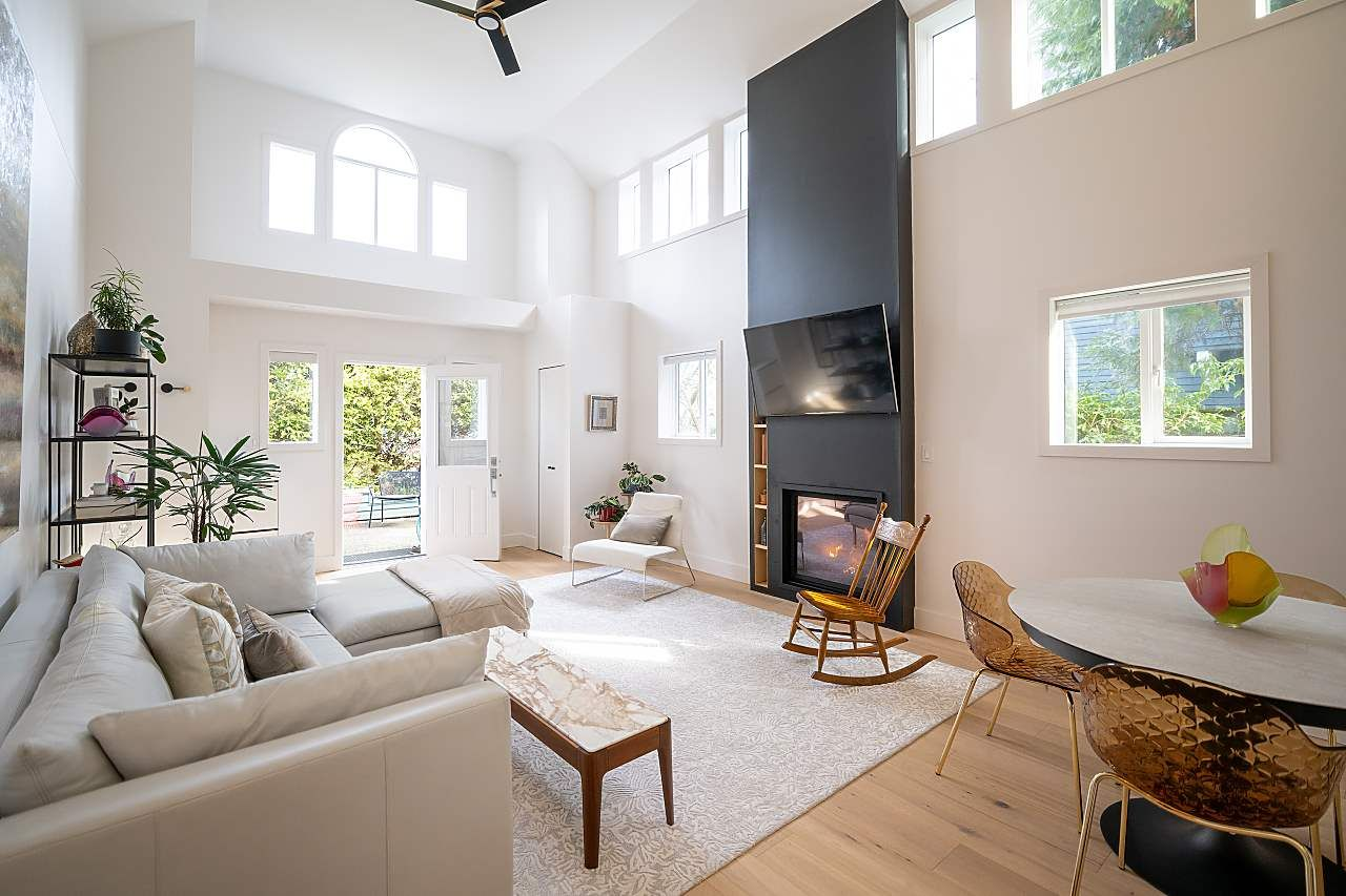 """Main Photo: 1944 W 15TH Avenue in Vancouver: Kitsilano Townhouse for sale in """"Lower Shaughnessy"""" (Vancouver West)  : MLS®# R2551125"""