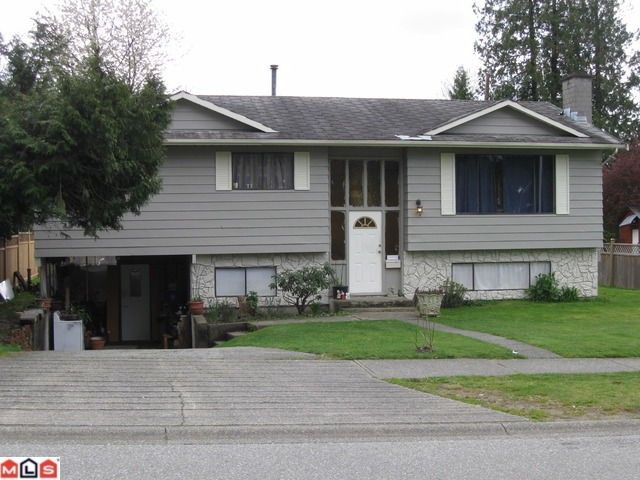 Main Photo: 14848 90TH Avenue in Surrey: Bear Creek Green Timbers House for sale : MLS®# F1009713