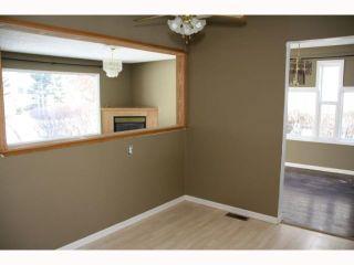 Photo 4: 108 MARDALE Crescent NE in CALGARY: Marlborough Residential Detached Single Family for sale (Calgary)  : MLS®# C3416747