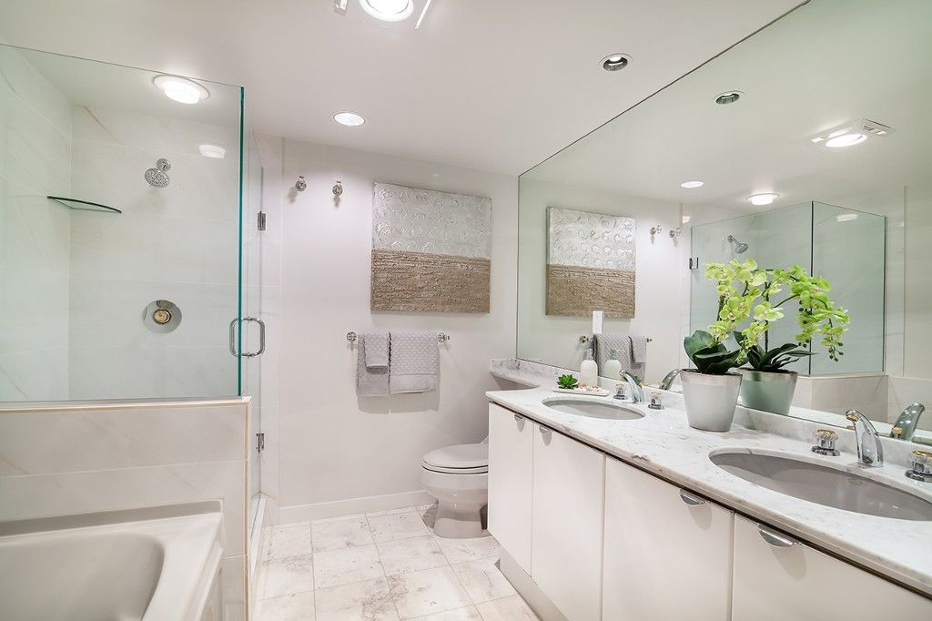 """Photo 20: Photos: 1901 837 W HASTINGS Street in Vancouver: Downtown VW Condo for sale in """"TERMINAL CITY CLUB"""" (Vancouver West)  : MLS®# R2134243"""