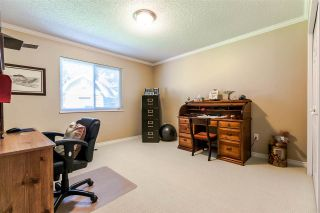 """Photo 11: 1639 133A Street in Surrey: Crescent Bch Ocean Pk. House for sale in """"AMBLEGREEN"""" (South Surrey White Rock)  : MLS®# R2169995"""