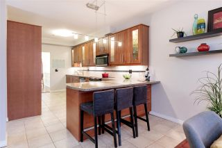 """Photo 9: 214 2 RENAISSANCE Square in New Westminster: Quay Condo for sale in """"The Lido"""" : MLS®# R2531419"""