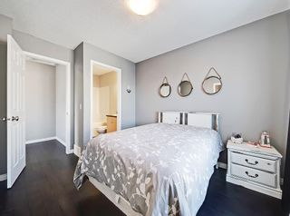 Photo 22: 3072 New Brighton Garden SE in Calgary: New Brighton Row/Townhouse for sale : MLS®# C4300460