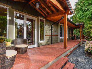 Photo 8: 330 MCLEOD STREET in COMOX: CV Comox (Town of) House for sale (Comox Valley)  : MLS®# 821647