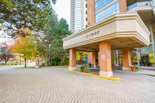 """Photo 2: 2102 4350 BERESFORD Street in Burnaby: Metrotown Condo for sale in """"CARLTON ON THE PARK"""" (Burnaby South)  : MLS®# R2584428"""