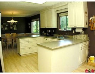 Photo 4: 10137 DUBLIN Drive in Chilliwack: Fairfield Island House for sale : MLS®# H2805200