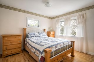 "Photo 12: 13809 BERG Road in Surrey: Bolivar Heights House for sale in ""Bolivar Heights"" (North Surrey)  : MLS®# R2259747"