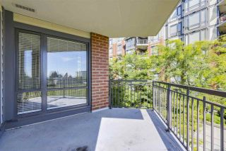 """Photo 19: 301 1550 MARTIN Street: White Rock Condo for sale in """"Sussex House"""" (South Surrey White Rock)  : MLS®# R2309200"""
