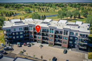 Photo 1: 209 404 Cartwright Street in Saskatoon: The Willows Residential for sale : MLS®# SK865394