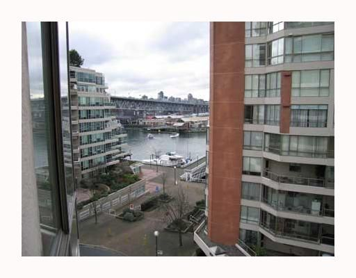 """Photo 9: Photos: 1625 HORNBY Street in Vancouver: False Creek North Condo for sale in """"SEAWALK NORTH"""" (Vancouver West)  : MLS®# V640606"""