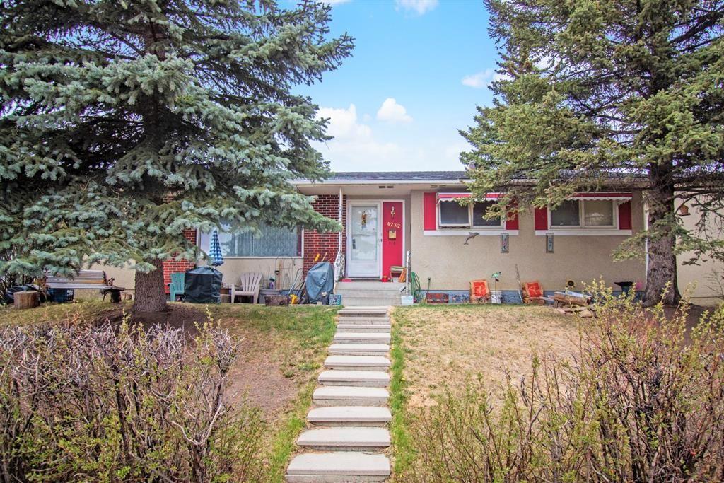 Main Photo: 4232 Marwood Road NE in Calgary: Marlborough Detached for sale : MLS®# A1102550
