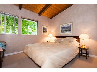 """Photo 8: 4220 CLIFFMONT Road in North Vancouver: Deep Cove House for sale in """"Deep Cove"""" : MLS®# V1081027"""