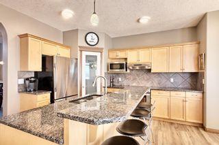 Photo 8: 10379 Rockyledge Street NW in Calgary: Rocky Ridge Detached for sale : MLS®# A1060914