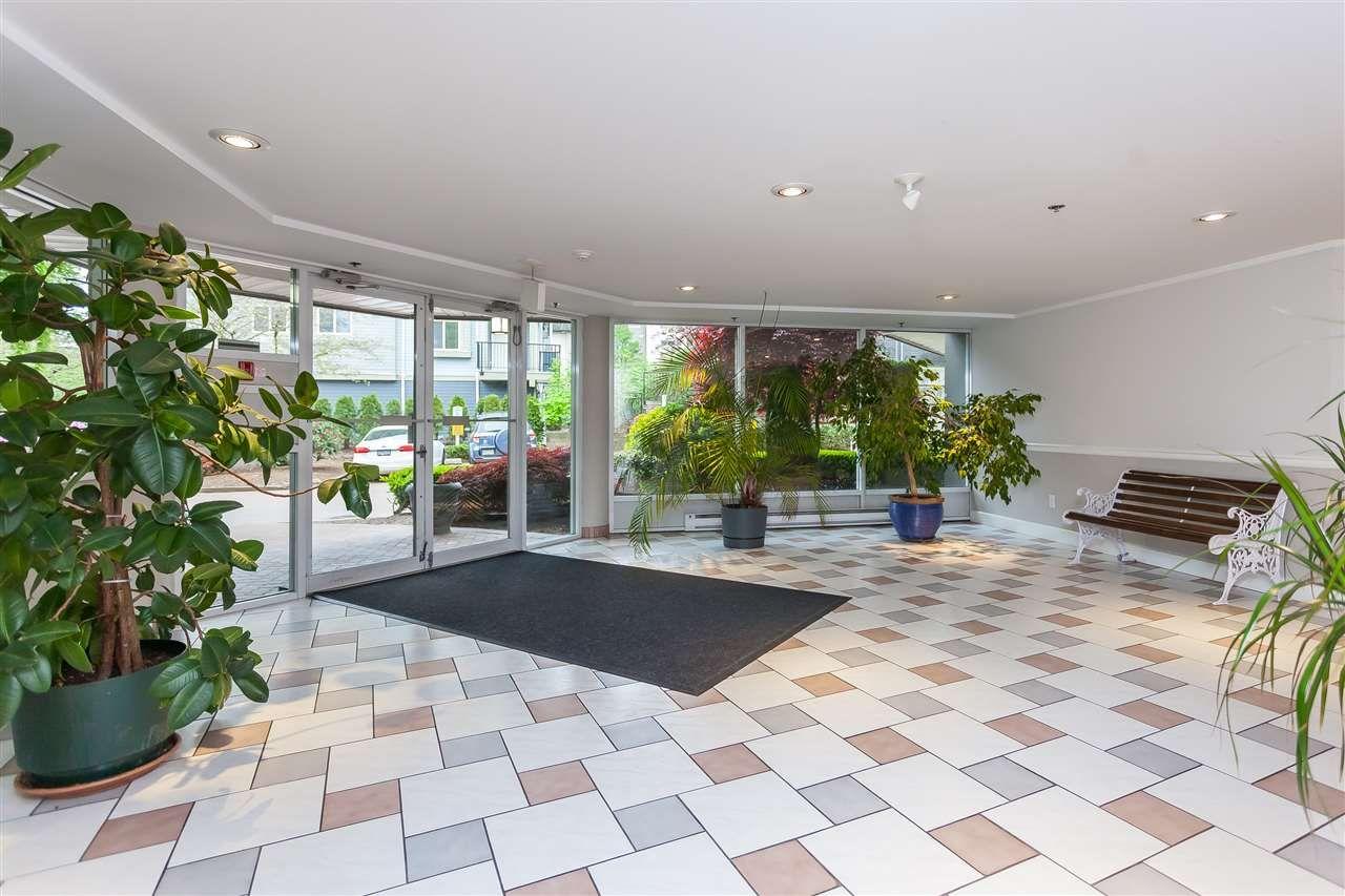 "Photo 3: Photos: 112 9299 121 Street in Surrey: Queen Mary Park Surrey Condo for sale in ""Huntington Gate"" : MLS®# R2365888"