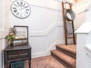 Photo 3: 5 14834 100 Avenue in Surrey: Guildford Townhouse for sale (North Surrey)  : MLS®# R2522339