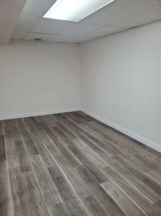 Photo 4: 405 MILLBOURNE Road E in Edmonton: Zone 29 House Half Duplex for sale : MLS®# E4238189