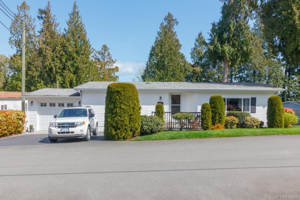 Main Photo: 804 2779 Stautw Rd in : CS Hawthorne Manufactured Home for sale (Central Saanich)  : MLS®# 811329