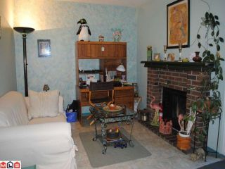 Photo 4: 13455 68A Avenue in Surrey: West Newton 1/2 Duplex for sale : MLS®# F1021324